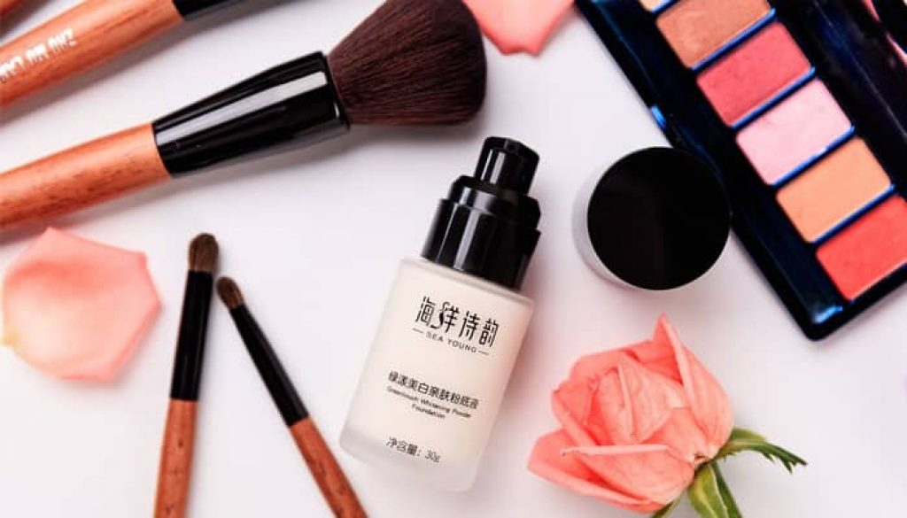 8 Makeup Product Essentials Every Woman Should Own
